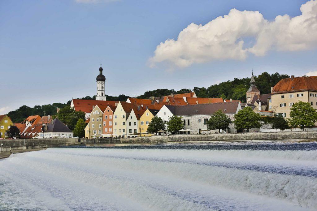 Lechwehr und Promenade © Stadt Landsberg am Lech